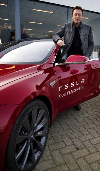 Powering the Future: 5 Graphite Juniors Talk Demand and Tesla's Gigafactory