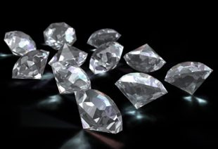 De Beers' Diamond Production to Peak This Year