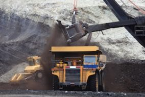 How Investors and Mining Companies Benefit from Stockpile Projects
